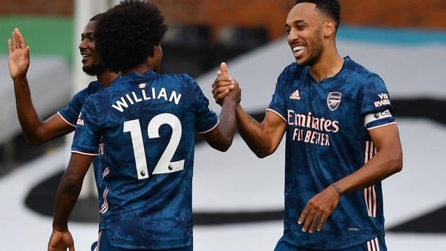 Vùi dập đối thủ trong mưa bàn thắng, Arsenal dõng dạc tuyên chiến với cả Premier League