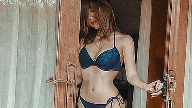 Elly Trần tung ảnh diện nội y nóng bỏng