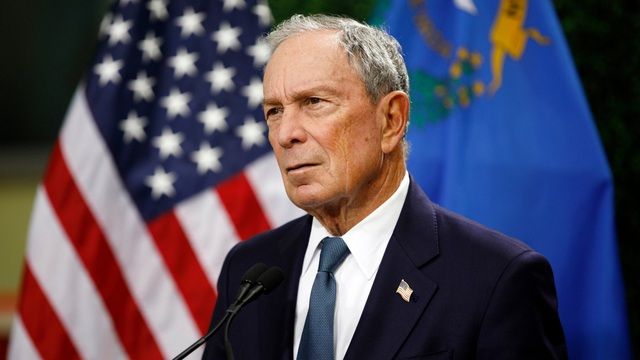 Tỷ phú Bloomberg dự tính rót 100 triệu USD để giúp ông Biden thắng cử