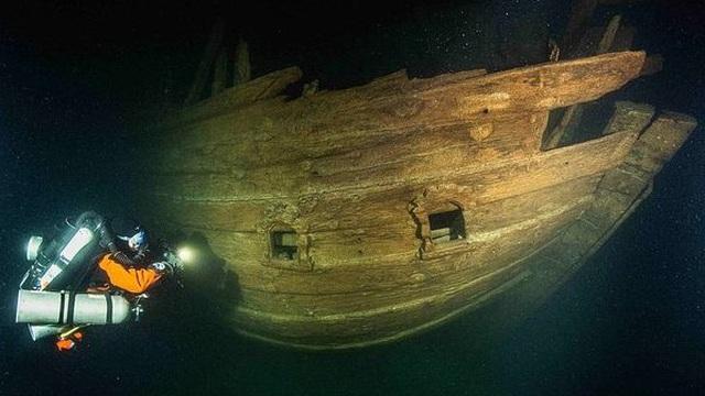 Điều bất ngờ trong xác tàu đắm 400 năm dưới đáy biển