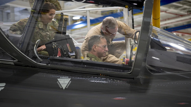 """Tiết lộ về chiến đấu cơ siêu bí mật của Mỹ: """"Cơn địa chấn"""" với cộng đồng quân sự thế giới?"""