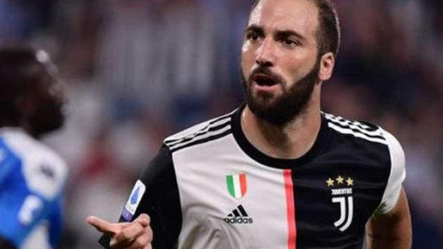 Juventus thiệt hại lớn khi chấm dứt hợp đồng với Higuain