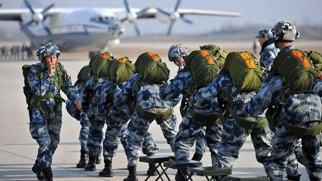 """PLA tiết lộ kịch bản thống nhất Đài Loan bằng vũ lực: Xuất hiện lực lượng """"quả đấm sắt"""""""