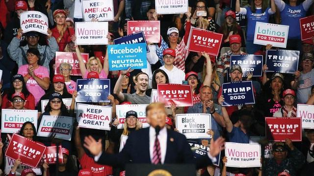 Tổng thống Trump cần Facebook hay Facebook cần ông Trump?