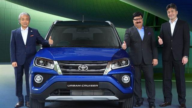 Ấn Độ: Chiếc SUV Toyota giá 265 triệu đồng - đàn em của Corolla Cross vừa xuất hiện ở VN