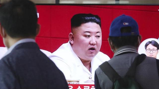 Quan chức HQ bị Triều Tiên bắn chết: Bất ngờ về nguyên nhân nhảy xuống biển