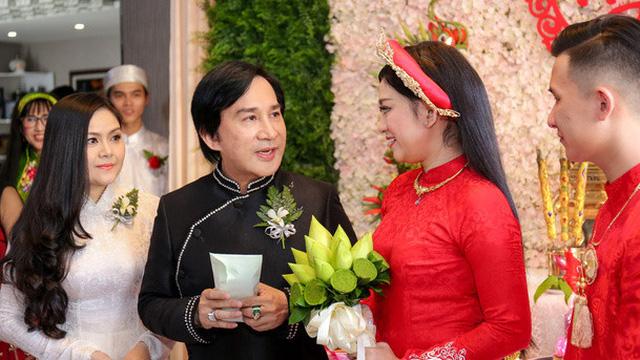 """Vợ 3 Kim Tử Long: """"Là mẹ kế, tôi phải tự biết giới hạn mình ở một mức độ nào đó"""""""