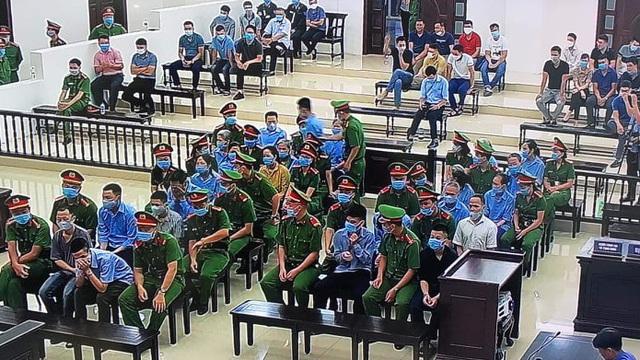 Xét xử vụ án ở Đồng Tâm: Luật sư đề nghị triệu tập vợ ông Lê Đình Kình và một số cán bộ