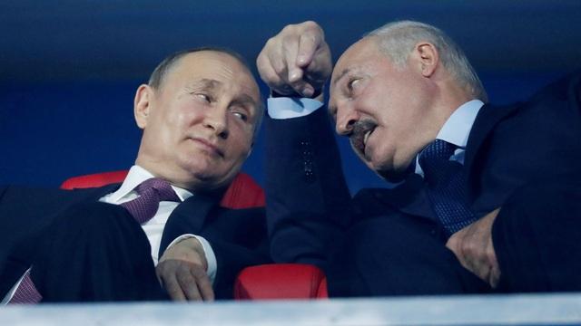 """Ngoại trưởng Litva cảnh báo: Nga sẽ làm mọi thứ để sáp nhập Belarus nhanh hơn - """"Rất đáng lo ngại!"""""""