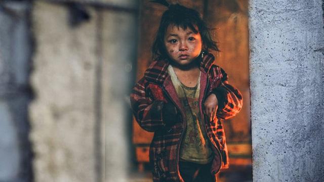Có 1 viên đá nhỏ ai hỏi mua cũng không bán, cậu bé mồ côi không ngờ nhờ đó mà nhận được 1 thứ mang lại lợi ích suốt đời