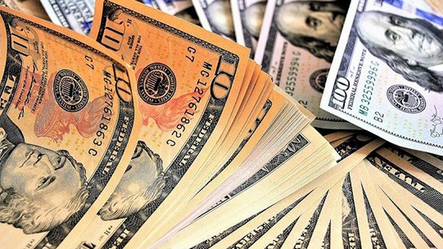 Vì sao ông Trump chuyển hàng chục triệu USD cho đảng Cộng hòa?
