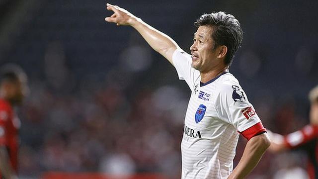 Kazu Miura tiếp tục phá kỷ lục thế giới