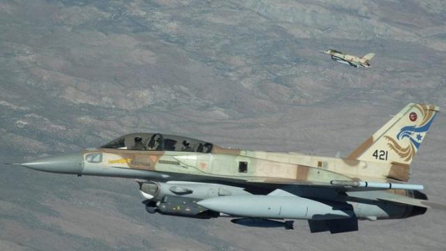 Chiến sự Syria: Israel phát động cuộc không kích mới nằm vào thủ đô hành chính Deir Ezzor
