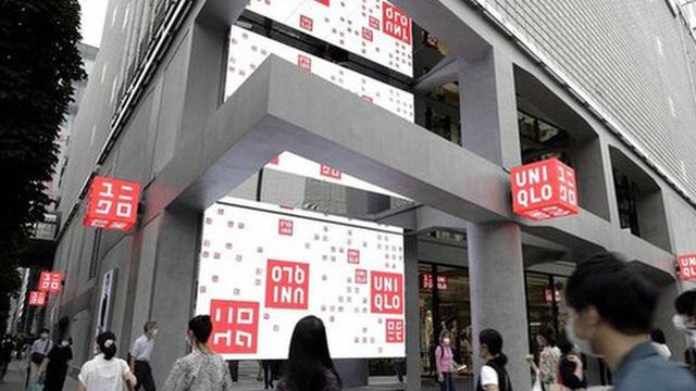 Cổ phiếu công ty mẹ Uniqlo lập đỉnh lịch sử