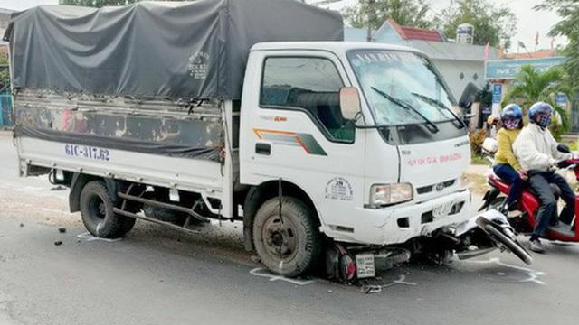 Tài xế ngủ gật, xe tải tông nhiều học sinh bị thương nặng trên Quốc lộ 91