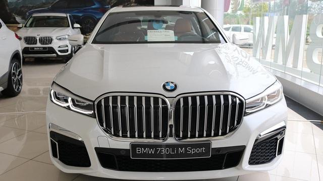 BMW 7-Series dọn kho giảm giá còn từ hơn 3,3 tỷ đồng: Sedan 'full-size' giá rẻ nhất Việt Nam