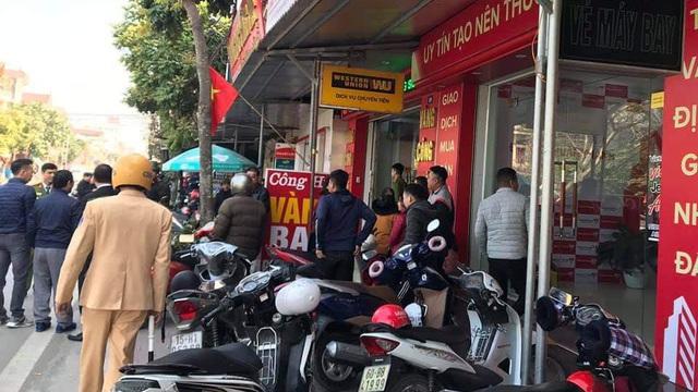 Thanh niên táo tợn mang dao đi cướp tiệm vàng giữa ban ngày ở Hải Phòng