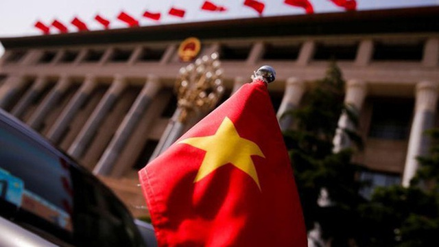 Vì sao Việt Nam hấp dẫn hơn Trung Quốc, Ấn Độ trong mắt nhà đầu tư nước ngoài?