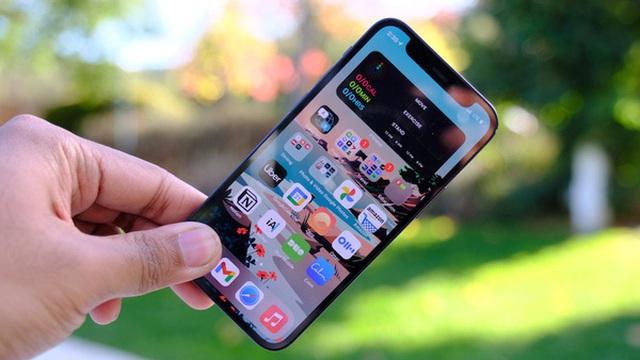 Giá iPhone 12 Mini và iPhone 12 chạm đáy
