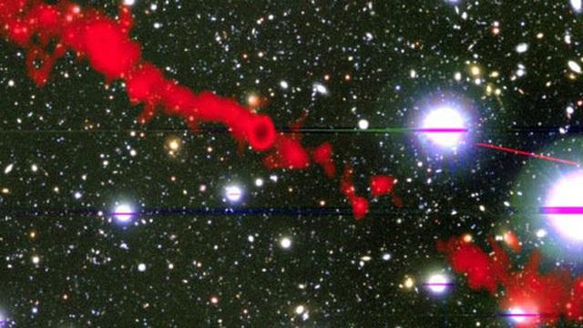Bắt được tín hiệu vô tuyến từ 2 quái vật lớn gấp 62 lần Dải Ngân Hà
