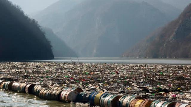 Các nước vùng Balkan đối mặt với cuộc khủng hoảng rác thải