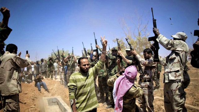 Nhà lãnh đạo Lybia Gaddafi từng muốn trả bao nhiêu để có vũ khí nguyên tử?