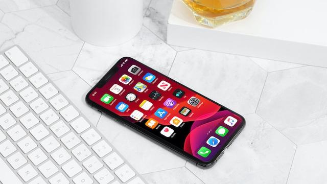 Tại sao iPhone 11 Pro và iPhone 11 Pro Max lại bị các đại lý ngừng bán?