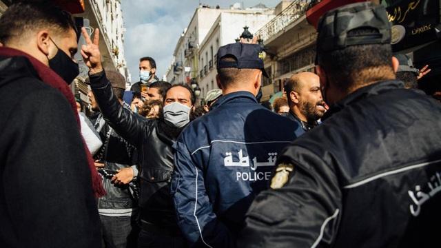 """Tunisia - 10 năm sau """"Mùa Xuân Arab"""""""