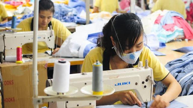 """Doanh nghiệp xuất khẩu hàng may mặc 6 nước châu Á liên minh để """"mặc cả"""" với phương Tây"""