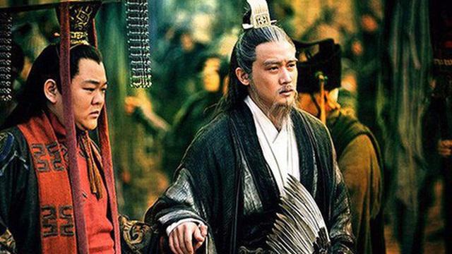 Có thể cưới cả 2 con gái của Trương Phi và phong làm hoàng hậu, vì lý do gì Lưu Thiện không lấy con gái của Quan Vũ?