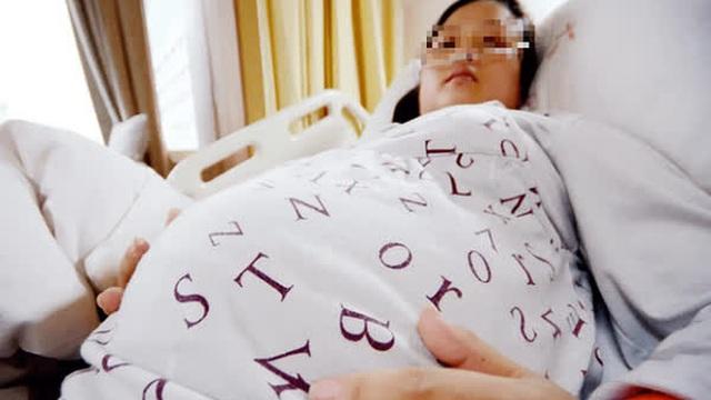 """Mang thai mới biết mình là """"tiểu tam"""", người phụ nữ """"lôi"""" tên sở khanh ra tòa, không ngờ bị kiện ngược khó tin"""