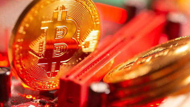 Sếp ngân hàng trung ương châu Âu cảnh báo nhà đầu tư Bitcoin