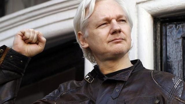 Bước ngoặt kịch tính: Ông chủ WikiLeaks thoát án dẫn độ sang Mỹ