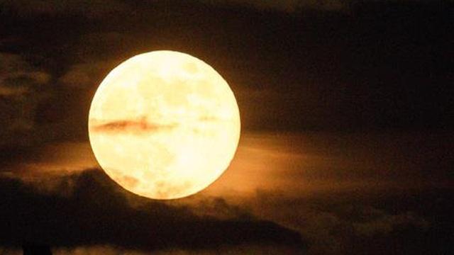 Ứng dụng công nghệ AI trong nghiên cứu Mặt Trăng