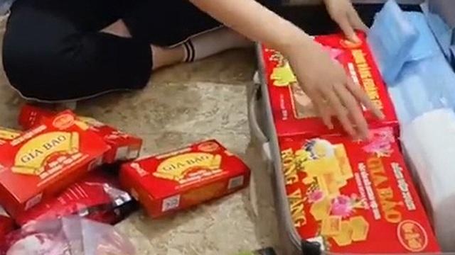 Cô gái kêu muốn 'mang cả Việt Nam ra nước ngoài' nhưng nhìn lướt qua chỉ thấy toàn... đồ ăn