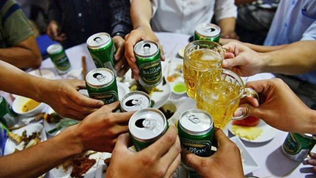 Căn bệnh nguy hiểm từ những bữa tiệc thịnh soạn dịp cuối năm