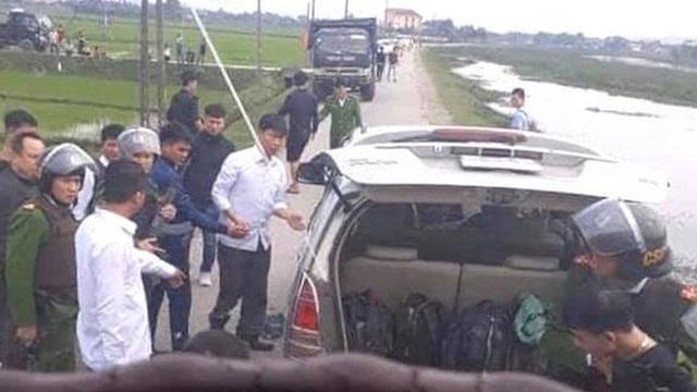 Cảnh sát bắn chỉ thiên, chặn xe ô tô chở 8 bao tải ma túy trị giá cả trăm tỷ đồng