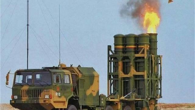 """Một loạt nước """"cay đắng"""" vì mua vũ khí Trung Quốc: Tàu ngầm hỏng, tên lửa tịt, máy bay nằm đất!"""