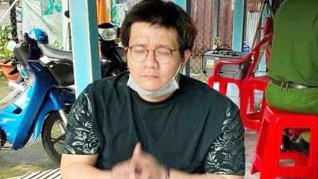 """""""Vết trượt"""" dài của lập trình viên Nhâm Hoàng Khang"""
