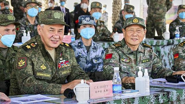 Mỹ sẽ làm gì khi quân đội Nga – Trung ngày càng xích lại gần nhau?
