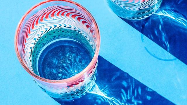 Viên nén hydrogel làm sạch nước sông nhanh chóng, cho phép bạn có thể uống nước sạch chỉ trong vòng 1 giờ