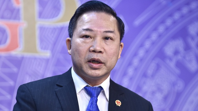 'Cần đình chỉ, cách chức một số lãnh đạo địa phương không tuân thủ quy định của Trung ương về chống dịch'