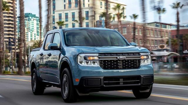 Bán tải Ford Maverick chỉ cần 5,6L/100km, 'đè bẹp' đối thủ Hyundai Santa Cruz