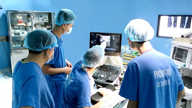 Chuyên gia World Bank: Tự chủ bệnh viện phối hợp với xã hội hoá y tế ở Việt Nam cũng có một số hậu quả không mong đợi
