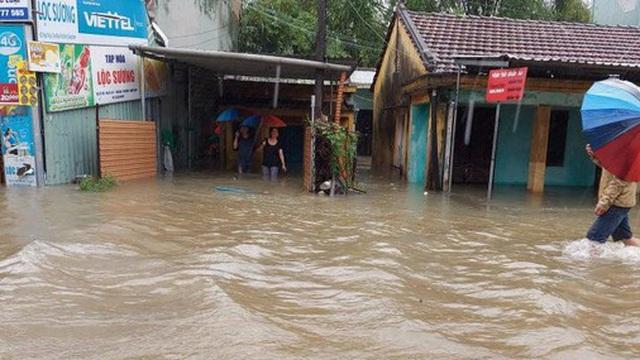 Áp thấp nhiệt đới vào đất liền, mưa to đến rất to ở Nam Trung Bộ và Tây Nguyên
