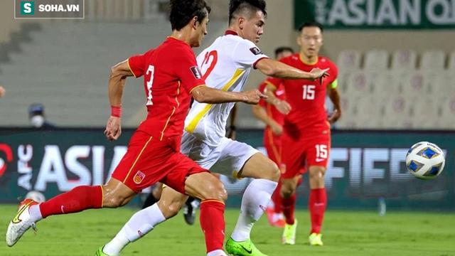 Video Nguyễn Tiến Linh ghi bàn thắng vào lưới đội tuyển Trung Quốc
