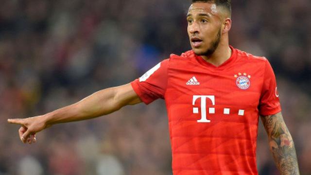 Sao Bayern Munich bị kỷ luật vì chống lệnh giãn cách để đi xăm hình