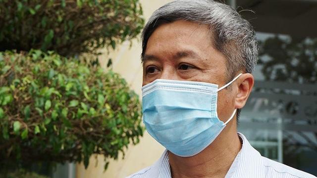 Thứ trưởng Bộ Y tế giải thích tình huống F2 dương tính SARS-CoV-2 nhưng F1 lại âm tính