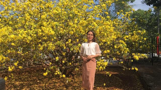 Nườm nượp du khách đến 'check-in' tại cây mai vàng 57 tuổi ở Đồng Nai