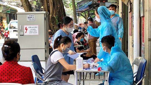 Người dân ở các địa phương về Hà Nội sau nghỉ Tết sẽ phải đến đâu để khai báo y tế?